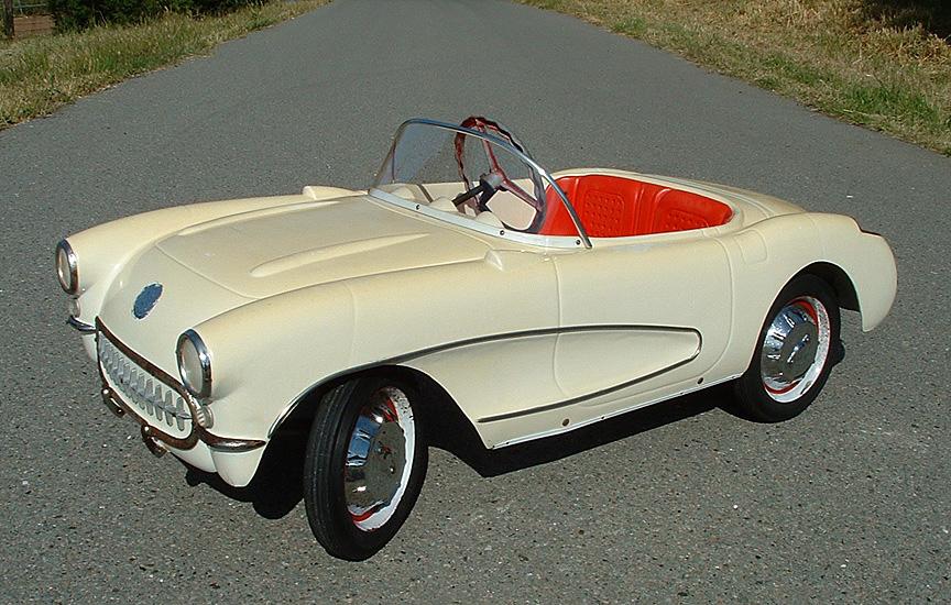 Eska1956-1957KiddieCorvetteFront-1.JPG
